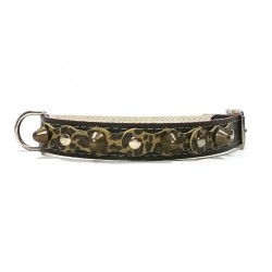 Black Leather Dog Collar with Spikes Simple but Cool Design